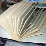 CHRISTIANE ALLENBACH | LIVRE OUVERT AVEC PAGES FORMANT PAQUETS