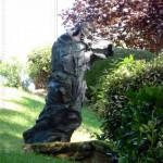 CHRISTIANE ALLENBACH | WINDSTEIN | LA STATUE DEVANT EGLISE PROTESTANTE