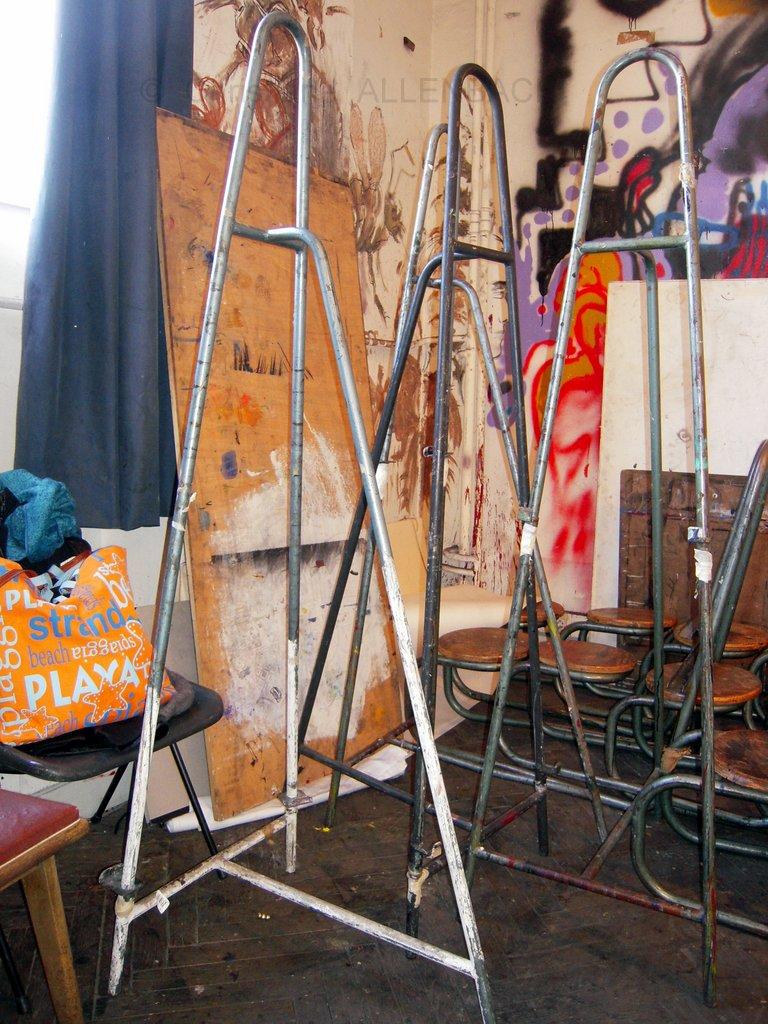 CHRISTIANE ALLENBACH | CHEVALET ARTISTE DEBOUT