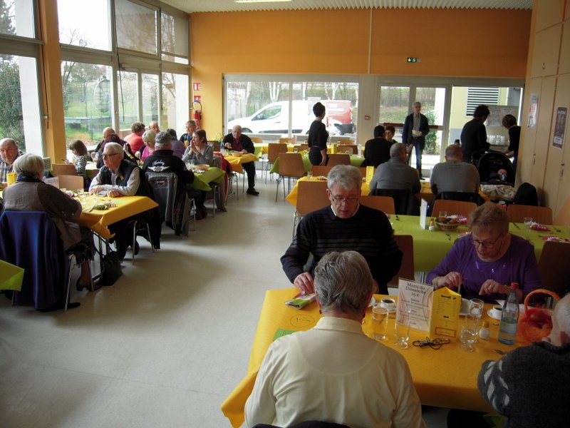 ALLENBACH CHRISTIANE REPAS PAQUES 2016